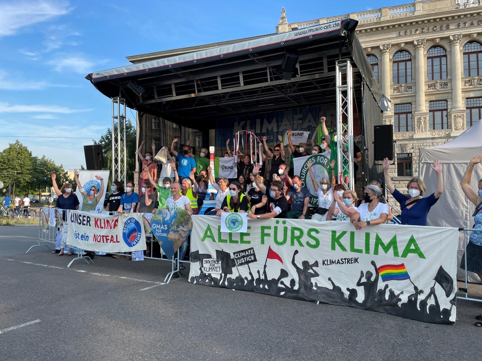 Gruppenfoto der Klimabewegungen